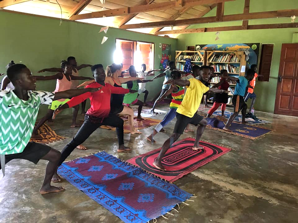 npo-africa-tys-yoga-class